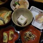 中央食堂・さんぼう - メインの料理