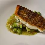 Racine - メイチ鯛のポアレ・蛤とバジルのソース