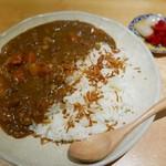 ほいっぽ - 肉々しいビーフカレー(単品750円)