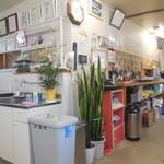 浜茶や食堂 - 店内①
