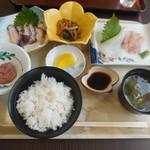 浜茶や食堂 - 料理写真:浜茶や定食 ¥1000-