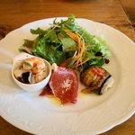 5488577 - 「シェフのお薦めランチ」前菜3種・サラダ