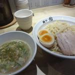 麺や佑 - 鶏豚つけ麺 味玉入り