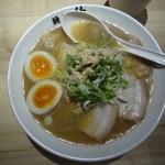 麺や佑 - 鶏魚豚ラーメン 味玉入り