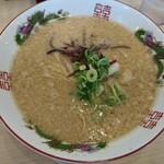 博多金龍 - 料理写真:醤油とんこつラーメン