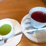 54883525 - デザートとお茶