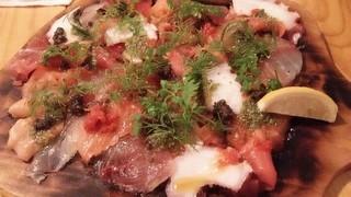魚介ビストロ sasaya BYO 品川魚貝センター - メリメロのカルパッチョ