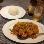 54892056 - 「プーニンパッポンカレー (1380円)」で、ちょっとステキな夕食♪