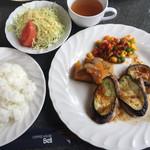 ベル - 料理写真:日替りセット=800円 豚ヒレとなすびのソテー