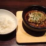 54898918 - 煮込みハンバーグ(1230円(税別))とライス