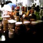 リングラツィオ - 洋酒の数々。カクテルもお安くいただけます。昔は。