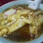 桂林飯店 - 排骨麺のアップ