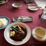 那須ちふり湖カントリークラブレストラン - 熟成デミソースかけハンバーグ