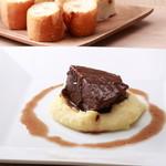 カステロ ビアンコ - コース料理のメインのお肉は絶品です!