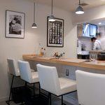 カステロ ビアンコ - 気軽に飲みに来たお客様はカウンター席がおすすめ!