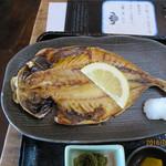 福浦漁港 みなと食堂 - 鯵の干物