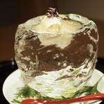 54902243 - 雲丹・蟹・メイタガレイ 長芋巻 on梅カツオジュレ                                              氷削り出しの器でインパクトあり。                       「2016.08撮影」