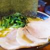 Ramensuehiroya - 料理写真:チャーシューメン