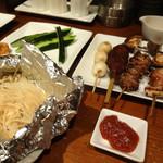 串焼き処大柴 - 料理写真:きゅうりとえのきバター、焼き鳥色々です