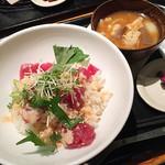 和カフェ yusoshi chano-ma - アボカドとマグロの明太子どんぶり