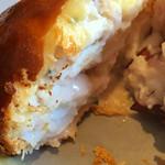 54908633 - 白身魚とタコのパイ包み焼き