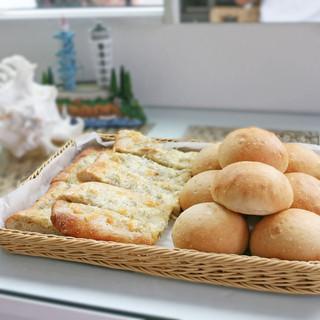 自然の甘さとしっとりもちもち食感♪【天然こだま酵母パン】