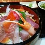 お食事処 海心 - 特上海鮮丼