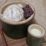 54921462 - バニラにほうじ茶がかけてあるほうじ茶三昧(850円)                       こちらも食べやすい♪