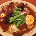 54929934 - 豚の角煮カレー(1300円) 角煮は160gとガッツリ!