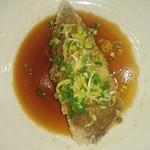 Kourien - 白身魚の揚げ物の特製ネギしょうゆソースがけ-アップ