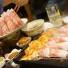 新宿東口 韓国料理 サムギョプサル とん豚テジ 新宿東口ゴジラロード店