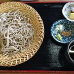 三峰お犬茶屋 山麓亭 - 2016/8 ざるそば \700