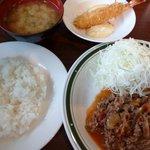 洋食エリーゼ - 2010/10 ビーフトマト定食920円+エビフライ300円