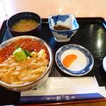 新生 - 2色丼(ウニ・イクラ)2,650円