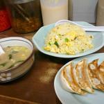 博多ラーメン 長浜や 阿佐ヶ谷店 - チャーハン餃子セット