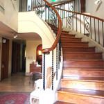 オーベルジュ・オー・ミラドー - 階段を上がると宿泊施設