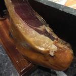 クインチ チェントラーレ - クインチ チェントラーレ(愛知県名古屋市中区丸の内)イベリコ豚