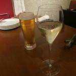 クインチ チェントラーレ - クインチ チェントラーレ(愛知県名古屋市中区丸の内)スパーリングワインと生ビール