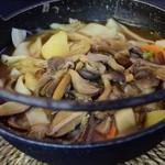 昇仙峡影絵の森美術館 森の駅 - 料理写真:きのこのほうとう