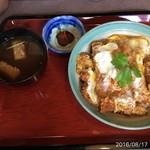 城山 - 料理写真:カツ丼