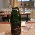 シュエット - シャンパン ヴーヴレイエ