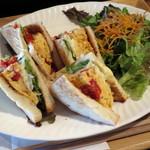 喫茶 オモカゲ - きまぐれサンドイッチ(アップ)