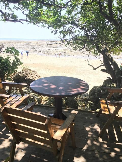 浜辺の茶屋 - 海沿いの、テラス席!