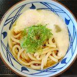 丸亀製麺 - とろ玉うどん冷並のアップ