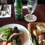 タチカワ カフェ - 前菜  パン     パンは気遣い頂き  二人分♪ありがとうございます♪♪
