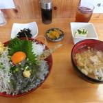 夕凪 - 二色丼¥1,080-