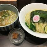 朧月 - 塩つけ麺大盛り950円