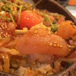 本鳥久 - 鶏ユッケ丼