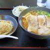 きりん - 料理写真:2016年8月 醤油ラーメン定食(大)800円