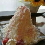 雪の晶 - ミルク氷イチゴver